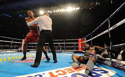 Cầu thủ khỏe nhất hành tinh thách đấu nhà vô địch boxing - 2
