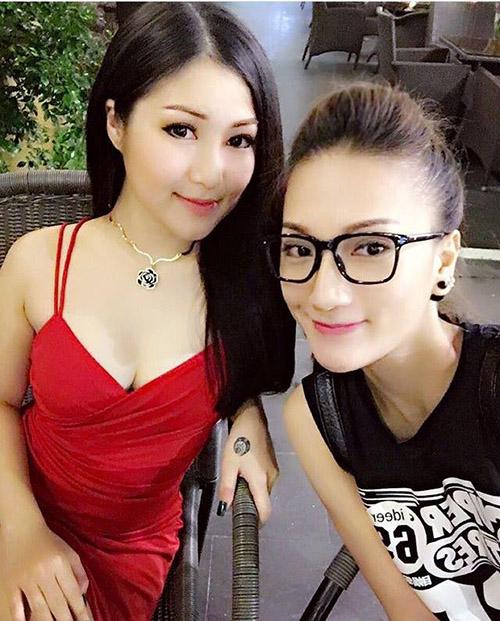 Facebook sao 18/12: Hà Hồ công khai bênh vực Phạm Hương - 7