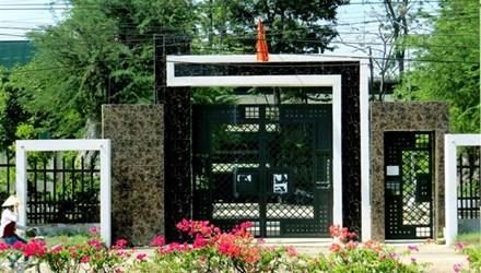 Trở lại biệt thự Bình Phước sau ngày xử vụ thảm án - 1