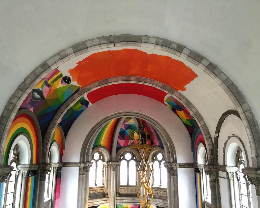 """Choáng ngợp nhà thờ trăm tuổi """"hô biến"""" thành sàn trượt ván - 7"""