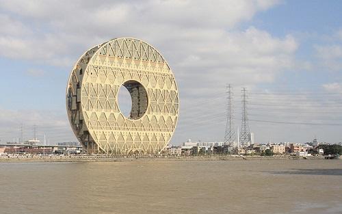 """Ngắm 4 tòa nhà tròn xoe """"độc"""" nhất thế giới - 4"""