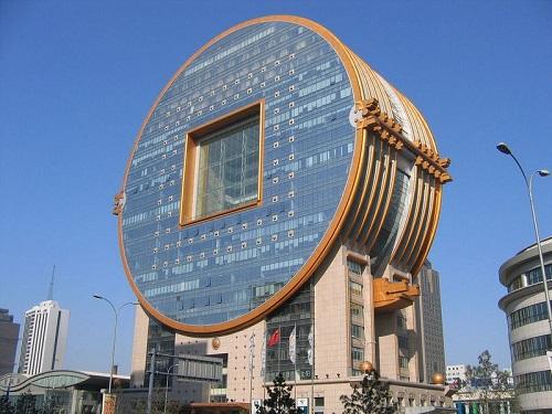 """Ngắm 4 tòa nhà tròn xoe """"độc"""" nhất thế giới - 5"""