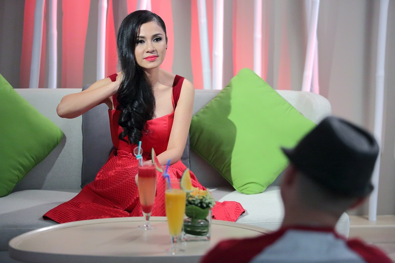 Việt Trinh: 'Tuổi 20 tôi ngạo mạn và không xem ai ra gì' - 1