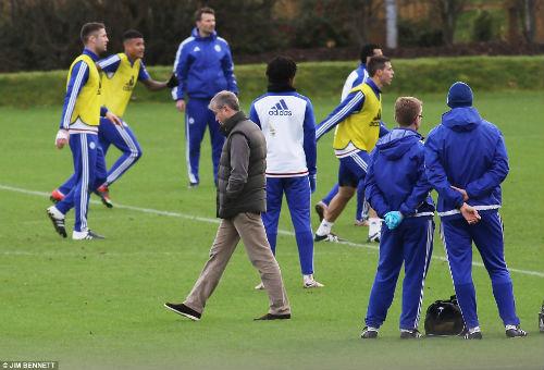 CHÍNH THỨC: Chelsea bổ nhiệm Hiddink thay Mourinho - 3
