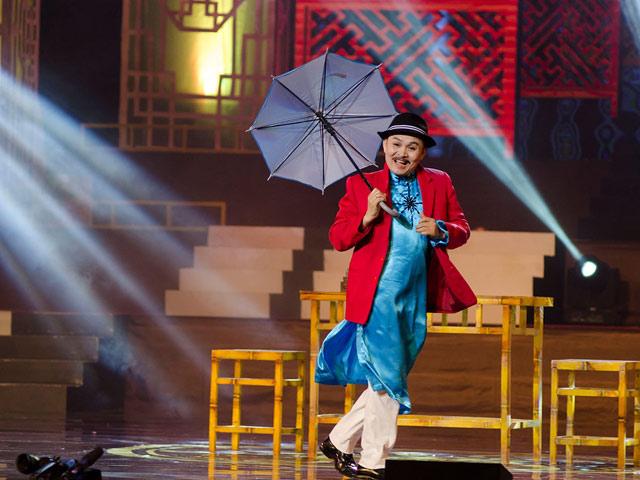 NS Xuân Hinh: 'Tôi không sợ bị lu mờ trước Hoài Linh' - 1