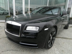 Ngây ngất Rolls-Royce Wraith Carbon Fiber màu đen mờ mới