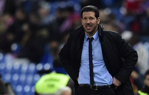 Simeone sẵn sàng thay Mourinho, Chelsea mất tiền khủng - 1