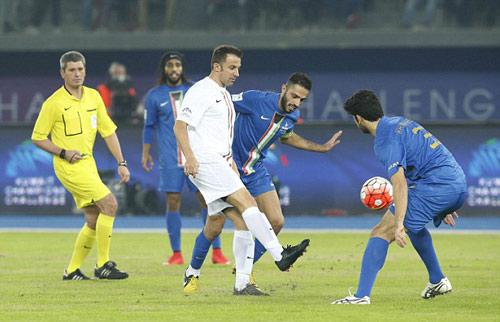 Đội siêu sao Becks, Nesta, Figo tỏa sáng ở Kuwait - 6