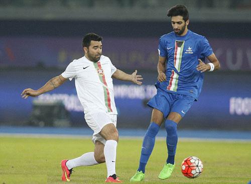 Đội siêu sao Becks, Nesta, Figo tỏa sáng ở Kuwait - 4
