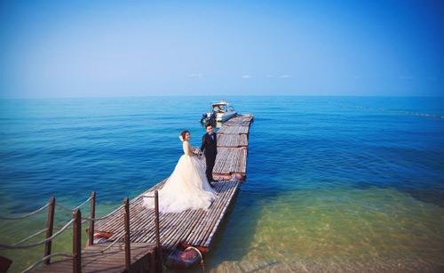 Cặp uyên ương đẹp lung linh giữa biển trời Việt - 2