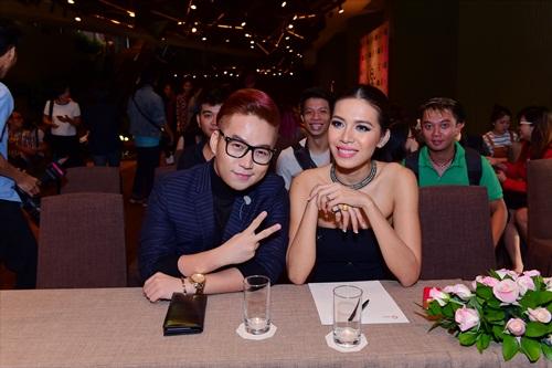 Lộ diện dàn trai xinh gái đẹp của Siêu mẫu Việt Nam - 2