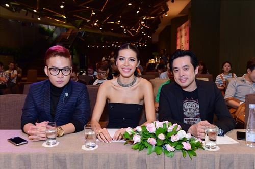 Lộ diện dàn trai xinh gái đẹp của Siêu mẫu Việt Nam - 3