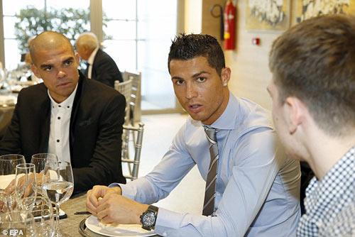 Real: Bữa tiệc Giáng sinh ảm đạm của Ronaldo, Bale - 1