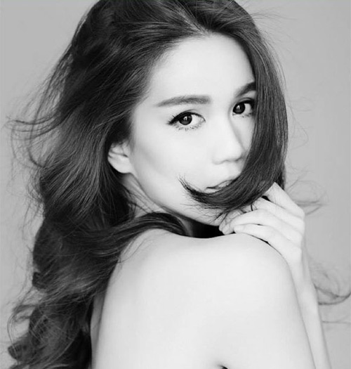 Facebook sao 19/12: Quỳnh Chi khoe ảnh 'cục vàng bé bỏng' - 3