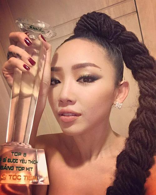 Facebook sao 19/12: Quỳnh Chi khoe ảnh 'cục vàng bé bỏng' - 4