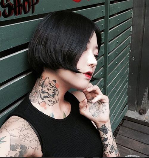 Nữ thợ xăm có vẻ đẹp búp bê gây sốt tại Hàn Quốc - 2