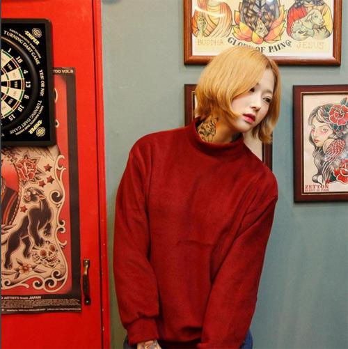 Nữ thợ xăm có vẻ đẹp búp bê gây sốt tại Hàn Quốc - 3