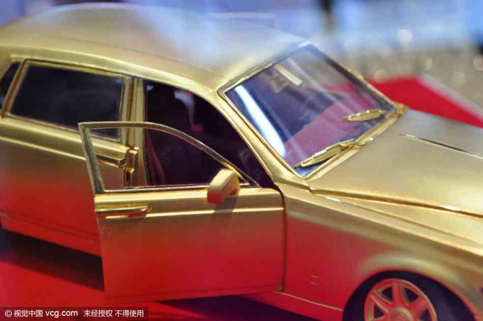 Soi mô hình Rolls-Royce – Phantom siêu tí hon - 2