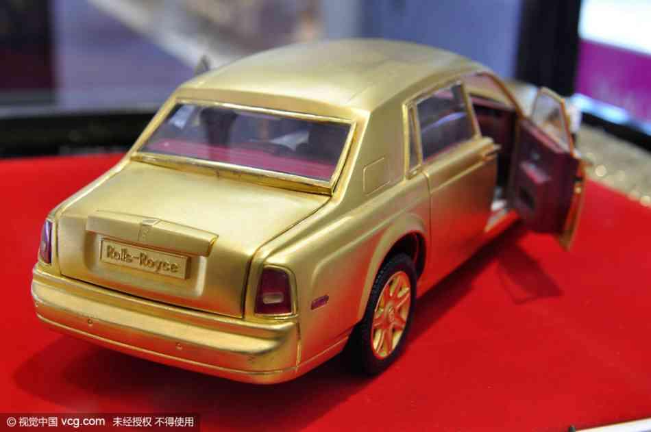 Soi mô hình Rolls-Royce – Phantom siêu tí hon - 3