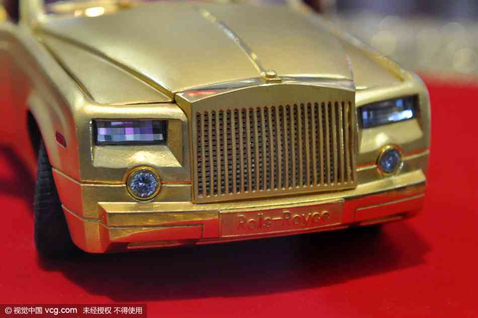 Soi mô hình Rolls-Royce – Phantom siêu tí hon - 4