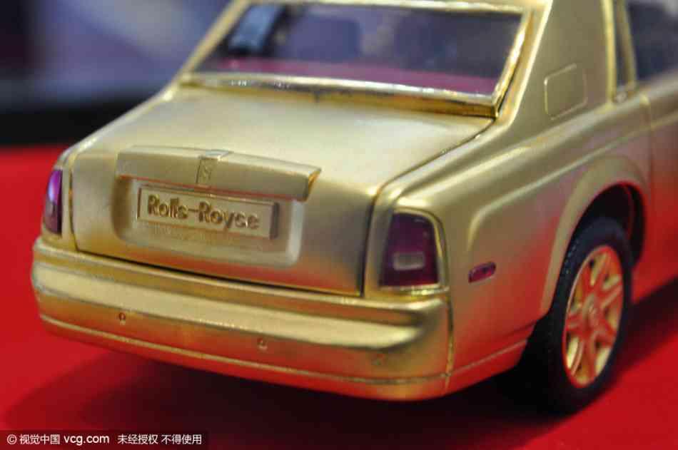 Soi mô hình Rolls-Royce – Phantom siêu tí hon - 5