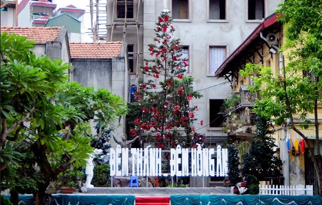 Ảnh: Các nhà thờ lớn ở HN trang hoàng lộng lẫy đón Noel - 11