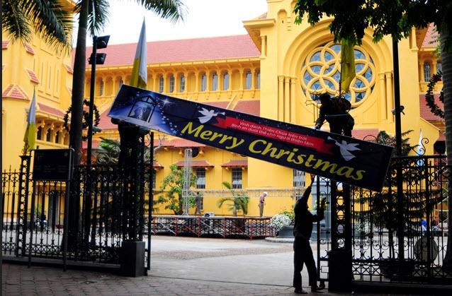 Ảnh: Các nhà thờ lớn ở HN trang hoàng lộng lẫy đón Noel - 6