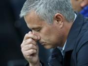 """Bóng đá - Mourinho đấu """"Quyền lực đen"""": Sự bất lực đáng thương (P2)"""