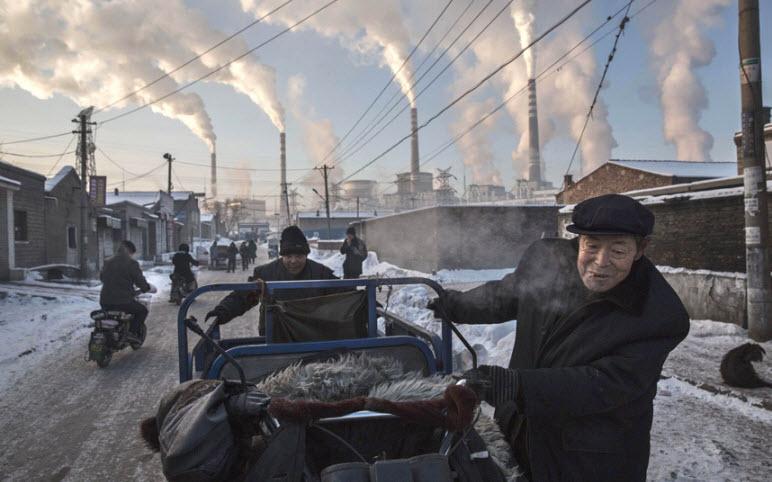 Ảnh: Cuộc sống tại nơi ô nhiễm bậc nhất thế giới ở TQ - 1