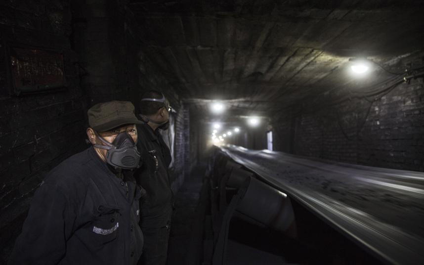 Ảnh: Cuộc sống tại nơi ô nhiễm bậc nhất thế giới ở TQ - 4
