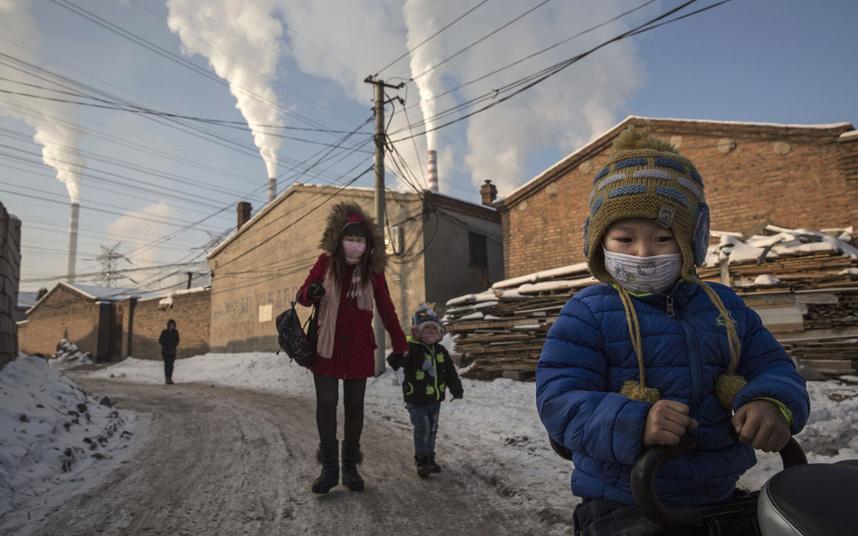 Ảnh: Cuộc sống tại nơi ô nhiễm bậc nhất thế giới ở TQ - 6