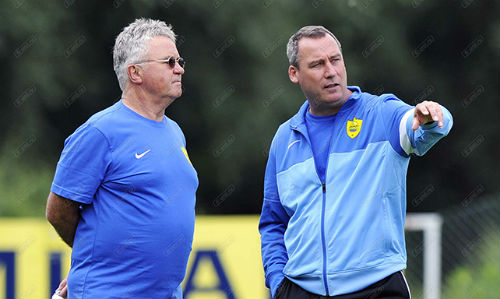 "Chelsea: Thay Mourinho, Hiddink bị ""hắt hủi"" - 2"