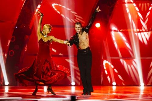 Nữ vũ công đầu tiên giành giải thưởng 500 triệu đồng - 14