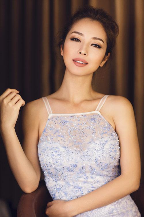 Jennifer Phạm khoe eo thon với đầm ôm sát gợi cảm - 9