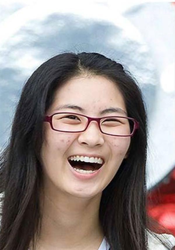 'Vỡ mộng' vì mặt mộc đầy mụn của trai xinh, gái đẹp Kpop - 7