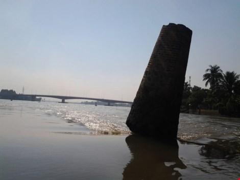 """Kỳ lạ trụ đá trên sông Đồng Nai được dân gọi là """"ông Một"""" - 6"""