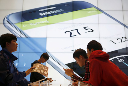 Samsung vững vàng ngôi đầu các nhà cung cấp smartphone - 1
