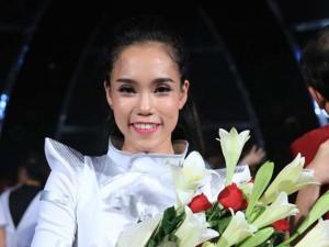 Nữ vũ công đầu tiên giành giải thưởng 500 triệu đồng