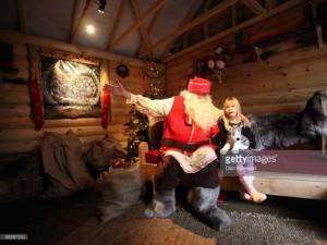 """Thế giới - Những lời """"nhờ vả"""" khác thường dành cho Ông già Noel"""