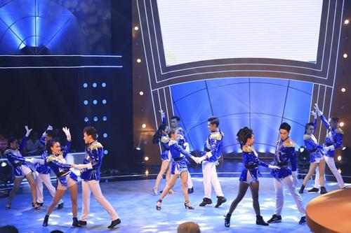 'Soái ca' Ngọc Sơn là quán quân 'Bước nhảy ngàn cân 2015' - 11