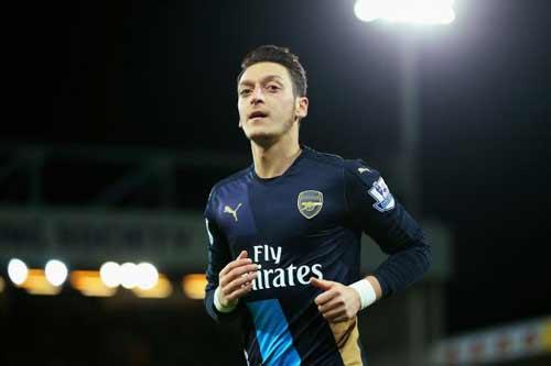 Đọ đội hình Arsenal – Man City: Khác biệt ở Ozil - 3