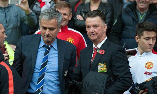 Sa thải Van Gaal, đón Mourinho: Canh bạc rủi ro của MU - 1