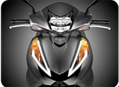 Tranh cãi buộc xe máy bật đèn ban ngày - 2