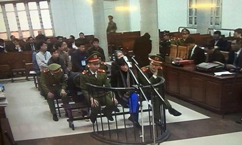 """Đang xét xử """"đại án nghìn tỷ"""" ở Agribank - 5"""