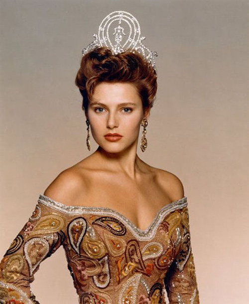Bí mật nhan sắc của 10 hoa hậu Hoàn vũ đẹp nhất lịch sử - 6