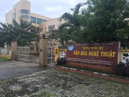 Khuất tất tài chính, bổ nhiệm ở Trường Văn hóa nghệ thuật Đà Nẵng - 1