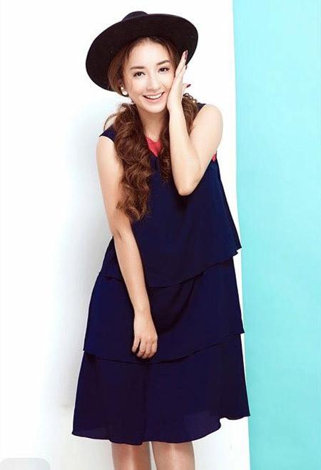 Janet Hoàng rạng rỡ với sắc màu Giáng sinh - 4