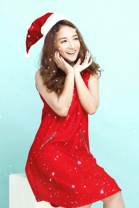 Janet Hoàng rạng rỡ với sắc màu Giáng sinh - 5