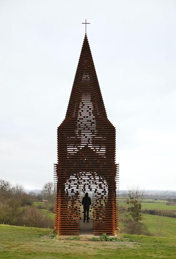 """Lạ lẫm nhà thờ """"tự biến mất"""" ở Bỉ - 11"""