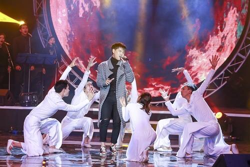 Bảo Anh nóng bỏng trên sân khấu Bài hát yêu thích - 5